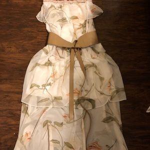 White House Black Market Stunning gown